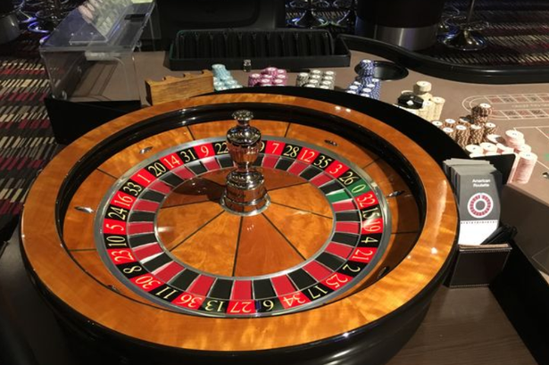 Simple Ways The Professionals Use To Advertise Casino